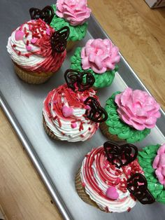 Cupcakes for Valentine's Day from Mueller's Bakery!