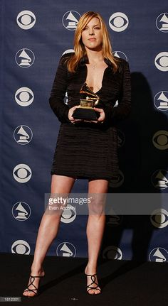 Musician Diane Krall in the Pressroom at the Annual Grammy Awards at Madison Square Garden on February 2003 in New York City. Jennifer Lawrence, Jennifer Lopez, Jazz, Diana Krall, Cynthia Bailey, Susan Sarandon, Img Models, Madison Square, Jessica Chastain
