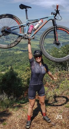 and book a vacation home from Stay. You are in the right place about Bicycle Women, Bicycle Girl, Mountain Biking Women, Girls Mountain Bike, Green Jeep, Female Cyclist, Cycling Girls, Cycle Chic, Cycling Outfit