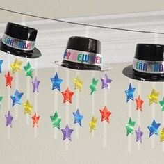 New Year's top hat garland measuring long. 5 strips of multicolour stars hang from each hat with 'Happy New Year' message. Silvester Diy, Happy New Year Message, Party Pops, New Years Decorations, Hanging Decorations, Happy Year, Ceiling Decor, New Years Party, Banner