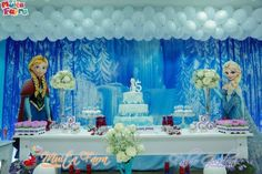 Frozen themed birthday party with Lots of Cute Ideas via Kara's Party Ideas! Full of decorating tips, cakes, cupcakes, favors, games, and MORE! #frozen #frozenparty #disneysfrozen #partyplanner #eventstyling #partydecor (15)