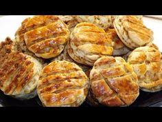 Káposztás pogácsa - Tuti recept, másnap is puha lesz! - YouTube Hungarian Cuisine, Hungarian Recipes, Hungarian Food, Starters, Scones, Main Dishes, Deserts, Vegetarian, Cooking