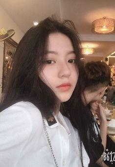Pretty Korean Girls, Cute Korean Girl, Asian Girl, Korean Girl Photo, Korean Girl Fashion, Toddler Girl Pictures, Filipino Girl, Teen Girl Photography, Ulzzang Korean Girl