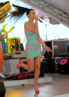 Singer Katy Perry performs at the world premiere of Volkswagen's new Jetta compact sedan at Times Square on June 15, 2010 in New York City.