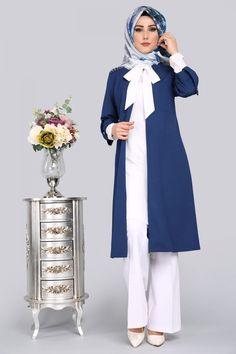 ** YENİ ÜRÜN ** Hırkası İncili İkili Kombin İndigo Ürün kodu: MYR1001 --> 129.90 TL Iranian Women Fashion, Islamic Fashion, Muslim Fashion, Modest Fashion, Fashion Dresses, Hijab Dress Party, Hijab Style Dress, Hijab Chic, Hijab Fashion Inspiration