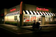 Top 10 World's Most Expensive Stocks ... 2011-06-21_Raleigh_Steak-n-Shake_at_night └▶ └▶ http://www.topteny.com/?p=940