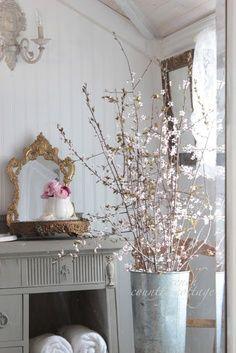 FRENCH COUNTRY COTTAGE: Spring Blossoms