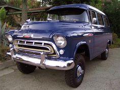 Lot #713 - 1957 CHEVROLET SUBURBAN CARRYALL NAPCO Edition 4-WHEEL DRIVE  Gorgeous...  My Kinda S.U.V. !!!!