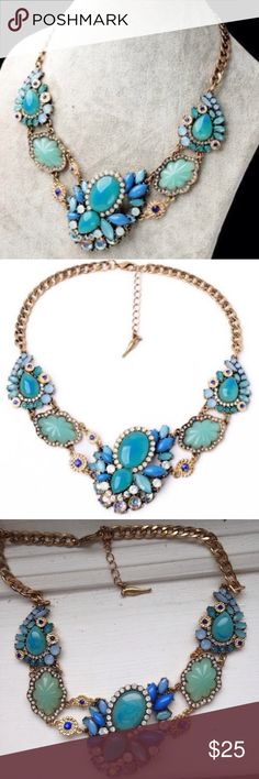 ❤️NEW IN❤️ Turquoise Peacock Statement Necklace Beautifuk peacock inspired colors! Brand new! All jewelry is buy 2 get 1 free! Ships out 7/22 Jewelry Necklaces