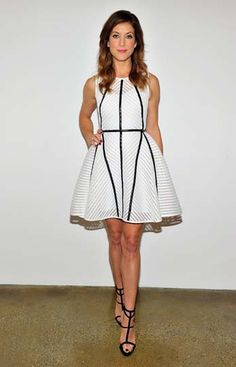 Actress Kate Walsh attended Vanity Fair and Fidelity: Empowering Conversations wearing a Milly dress. Kate Walsh, Style Snaps, Vanity Fair, Pretty Girls, Red Carpet, Awards, Actresses, Summer Dresses, Celebrities