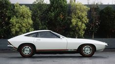 The Holden Torana GTR-X Concept looks similar to iconic sports cars of the such as the Ferrari 308 Lotus Esprit and the Mazda It weighed in at Australian Muscle Cars, Aussie Muscle Cars, General Motors, 240z, Holden Torana, Holden Australia, Gt R, Motor Works, Car Makes