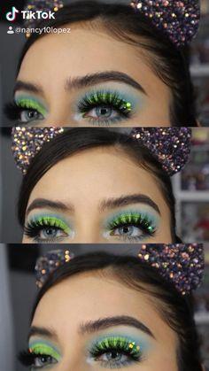 Black Smokey Eye Makeup, Day Eye Makeup, Day Makeup Looks, Green Makeup, Eyeshadow Makeup, Creative Eye Makeup, Colorful Eye Makeup, Christmas Makeup Look, Holiday Makeup