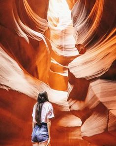 Ideas Drawing Poses Female Magic - World Tutorial and Ideas Great Places, Places To See, Beautiful Places, Antelope Canyon, Travel Around The World, Around The Worlds, Hiking Routes, Amazing Nature, Tour