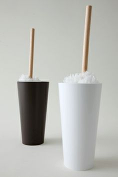 tidy/コップ ハンディモップ ホワイトの詳細画像 Toothbrush Holder, Candles, Toothbrush Holders, Candy, Candle, Pillar Candles, Lights