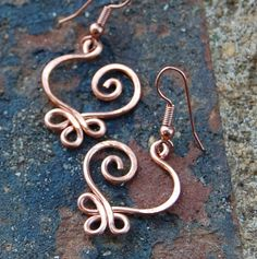 Copper. Small. Celtic. Heart. Earrings..