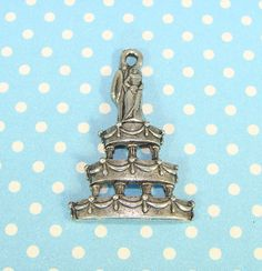 4 Wedding Cake Charms Bride and Groom Topper Silver Pewter USA