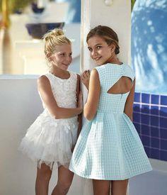 E-mail - alfons verhaegen - Outlook Cute Little Girl Dresses, Cute Young Girl, Cute Little Girls, Fashion Kids, Young Fashion, Kids Outfits Girls, Cute Girl Outfits, Girls Party Dress, Baby Dress