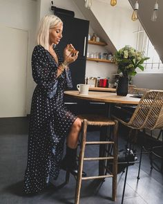 Everyday a new style ✖️ Marie Flore Chic Outfits, Summer Outfits, Camille Callen, Blonde Hair Looks, Body Photography, Nasty Gal, Hair Inspo, Hair Cuts, Hair Beauty
