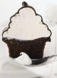 Chocolate-Covered Hi-Hats ~ This old-fashioned bakery specialty is a chocolate cupcake with a large mound of soft marshmallow filling hidden under a coating of chocolate. Dessert Cake Recipes, Dessert Bars, Cupcake Recipes, Fun Desserts, Chocolate Dipped Cupcakes, Chocolate Covered, Baking Cupcakes, Cupcake Cakes, Yummy Treats