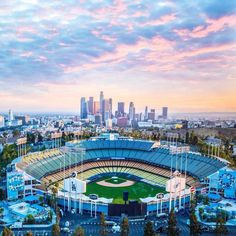 Attend the LA Dodgers & NY Mets Baseball game while in Los Angeles Dodgers Baseball, Dodgers Nation, Let's Go Dodgers, Dodgers Girl, Baseball Park, Baseball Games, Baseball Players, Baseball Field, Dodgers Today