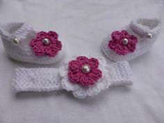 superbe bandeau et paire de chaussons naissance ou reborn : Mode Bébé par danielainetricots