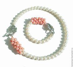 Купить Ожерелье и браслет из жемчуга и розового коралла, родий - белый, розовый, бело-розовый