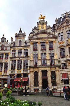 Grand Place Bruxelles, Belgique  Belgium  http://www.travelandtransitions.com/destinations/destination-advice/europe/