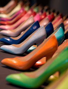 #color #shoes Belgian brand Noe http://www.kinneysystemshairdesign.net
