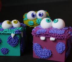 #character #box #monster #designersvenezuela #masaflexible #marymoon #cute #yellow #coldporcelain #polymerclay #fimo #hairy