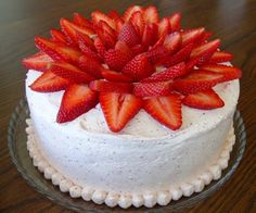 Strawberry Cake- I want to make this-just like this for my dad who loves all things strawberries
