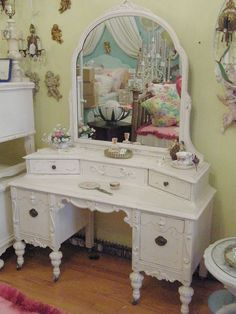 pink shabby chic antique vanity | Flickr - Photo Sharing!