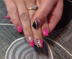 Pink and black gel design
