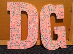 How to trace a detailed Lilly Pulitzer print onto letters, paddles, frames, etc.