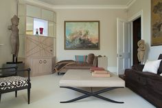 See more of Ashley Hicks Design Studio's Knightsbridge pied-a-terre on 1stdibs