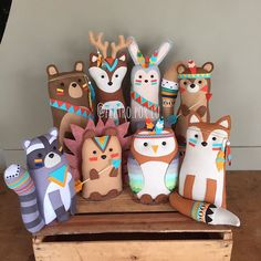 Felt Crafts, Diy And Crafts, Arts And Crafts, Diy Sewing Projects, Craft Projects, Baby Deco, Sewing Stuffed Animals, Sewing Toys, Handmade Felt