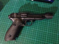 Greedo-Blaster-DT-12-Heavy-Blaster-STAR-WARS