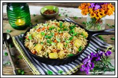 Print Recipe Jump to RecipeThis Easy Pineapple Fried Rice is sweet, savory & tangy. It's a healthier alternative to takeout because it's lower in sodium, vegan & gluten-free. Veggie Recipes, Asian Recipes, Whole Food Recipes, Cooking Recipes, Ethnic Recipes, Rice Recipes, Vegan Vegetarian, Vegetarian Recipes, Healthy Recipes