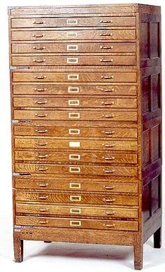meuble de m tier d imprimerie ancien en bois massif meuble industriel vintage de renaud jaylac. Black Bedroom Furniture Sets. Home Design Ideas