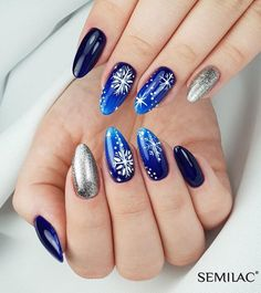 Trendy Natural Short Acrylic Almond Nails Design For Spring Nails Color Ideas - Page 31 of 106 - Fashion Lifestyle Fall Almond Nails, Short Almond Nails, Almond Nail Art, Almond Acrylic Nails, Short Nails, Nail Art Designs, Winter Nail Designs, Cute Christmas Nails, Holiday Nails