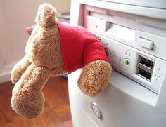 Teddy Bear USB Flash Drive (click for How To)