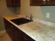 how to clean formica countertops