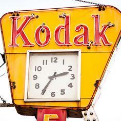 Kodak clock (detail): measuring time in photographs