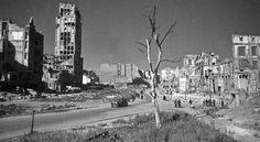 Ten, kto spokojnie przeżył rok 1945, miał prawdziwe szczęście - mówią bohaterowie reportaży Magdaleny Grzebałkowskiej