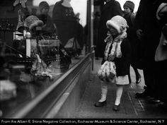 Sibley's christmas window Rochester NY | Rochester Christmases Past » The Rochesterian