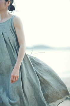 Tucked Dress Made of Belgian Linen. I love linen! Tuck Dress, Dress Up, Fancy Dress, Miracle Woman, Looks Style, Style Me, Inspiration Mode, Mori Girl, Mode Style