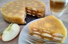 Osvěžijíci nepečený jablečný dortík s piškoty | NejRecept.cz Slovak Recipes, Czech Recipes, Sweet Recipes, Cake Recipes, Cheesecake, Different Cakes, No Bake Cake, Apple Pie, Food Inspiration