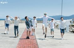 In last May, BTS went to Kota Kinabalu, the capital of Malaysia for their photoshoot. With such vacation like schedule but not, BTS got very excited and put on a great smile! BTS in Kota Kinabalu, the time where they could refresh their mind and body which were very down with the group's packed schedule where the boy group had to carry out so many things in a short period of time including completing album and holding a concert tour! | [welcome, is this your first time in summer country?]