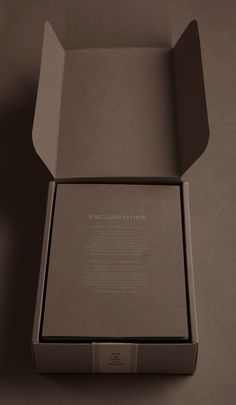 fogal luxury packaging | BEL EPOK - could haveve the pice of card over the top with the care instructions on it- saves having to get these printed separately.
