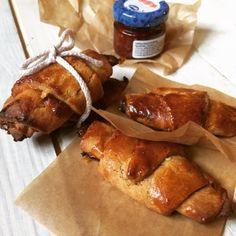 Sós karamellás sajttorta   Masnis Szuflé Pretzel Bites, French Toast, Bread, Snacks, Breakfast, Food, Caramel, Morning Coffee, Appetizers