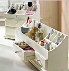 Beautiful + Inspiring Makeup Storage Ideas From Pinterest
